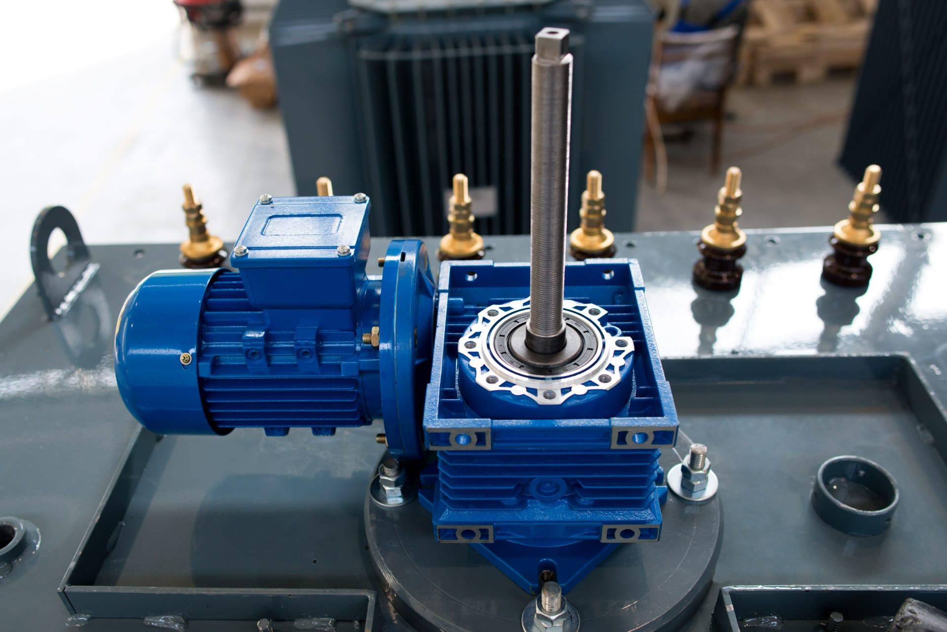 Ensons - Механизм двигателя