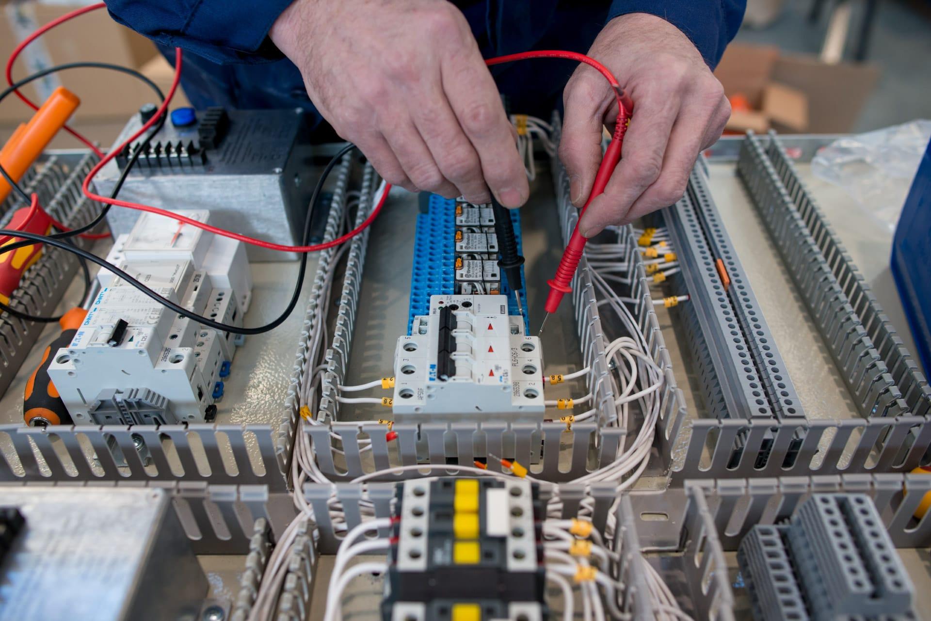 Ensons - Проверка тока на контактах